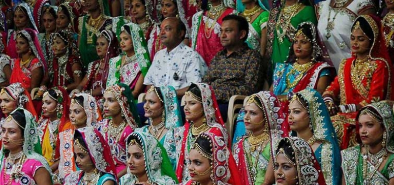 Diamond trader hosted mass wedding of 151 young couples in Gujarat